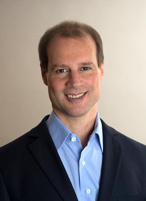 Fachanwalt für Arbeitsrecht für Arbeitnehmer Markus Bär
